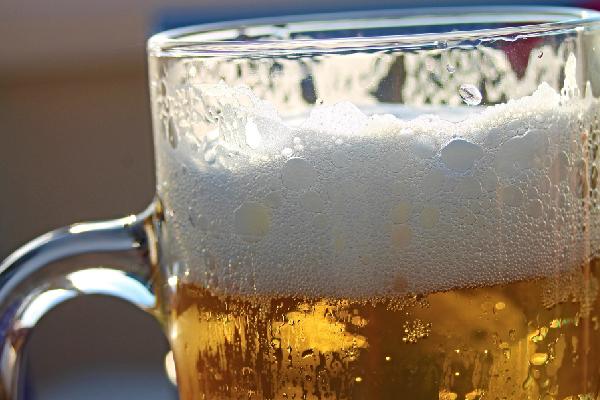 Cerveza eleborada con cebada