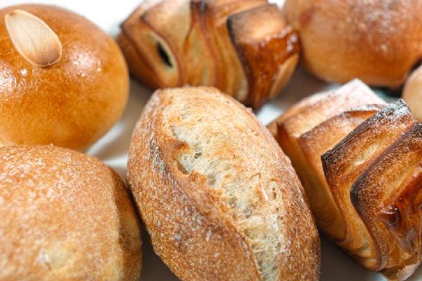 Pan y bollería elaborados con cereales