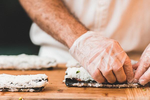 Uso de guantes en la industria alimentaria